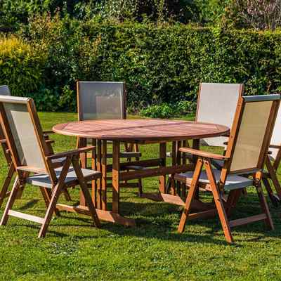7pc Wood Furniture Set WithTextoline Backed Chairs