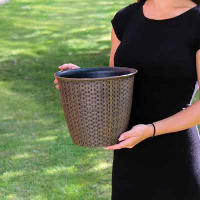 Small Rattan Effect Plastic Plant Pot