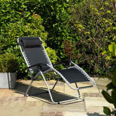 Gravity Garden Reclining Sun Chair Lounger